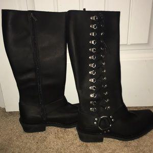 Never worn Harley Davidson women's boots